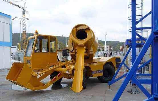 self loading concrete machines